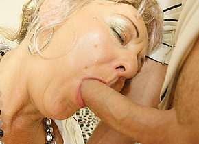 Creampie housewife gets it anally